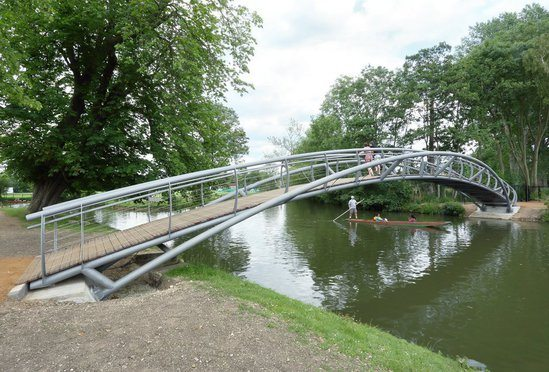 Bespoke steel bridge, Christchurch College, Oxford
