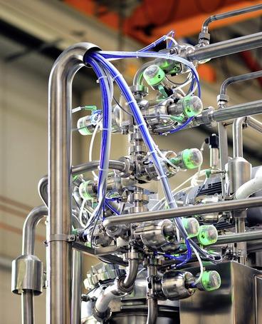 GEMÜ BioStar sterile valves for eye ointment production