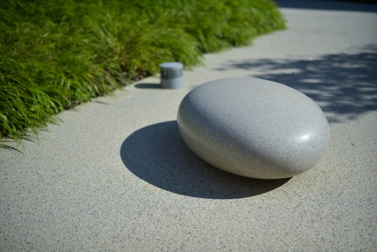 Grey Pico Pebble Seat in Cambridge