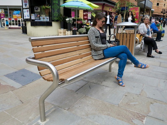 Benchmark street furniture - SL001 seat bench
