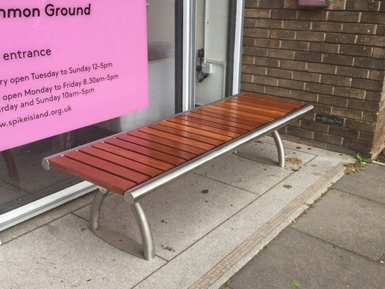 Benchmark street furniture SL005 bench