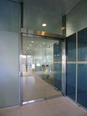 TORMAX 1102 - internal swing door operator