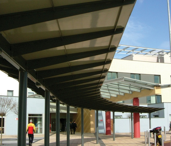 Middlesex Hospital covered walkway