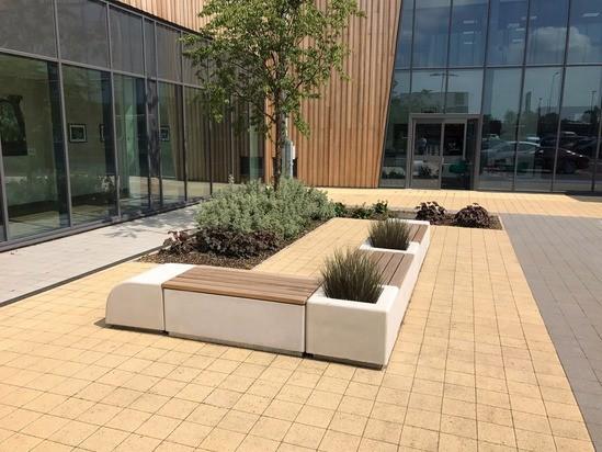 Aris concrete seating and planter - Atherleigh Hospital