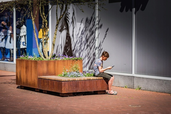 POC - Low planter with seating - Corten/RAL Coated