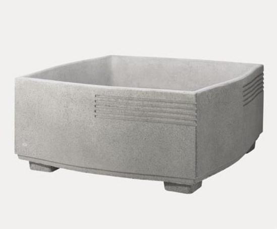 Mago Fuat concrete planter