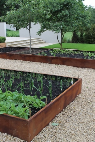 Rust bespoke planter beds