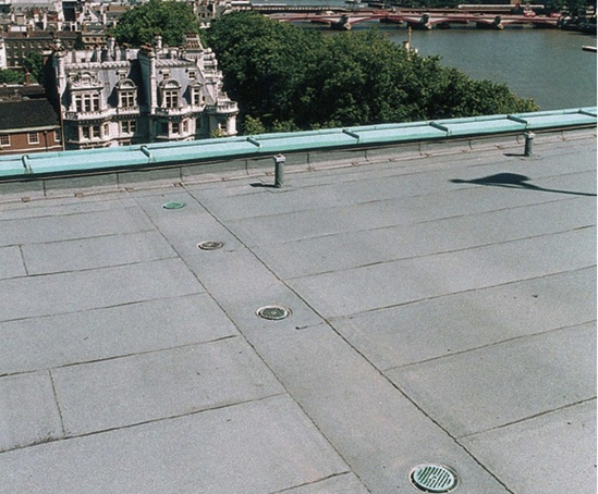 Hp watertight flat roof and balcony rainwater outlets for Balcony outlet