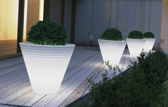Africa luminous planter - white