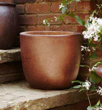 Toscana ironstone salt-glazed clay planter