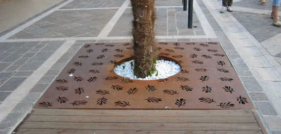 Flora Tree Grille