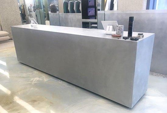 Aluminium shop counter - polished and vibro-sanded