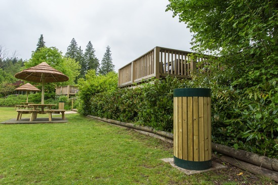 Arbour - powder-coated green with sawn timber inserts
