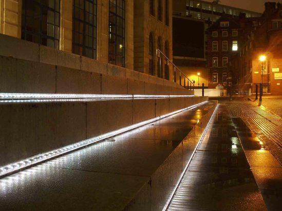 Brunei LED light bar for public spaces by LEC Lyon