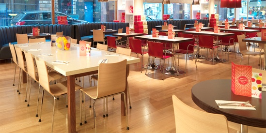 Sharing tables  for Carluccios restaurant