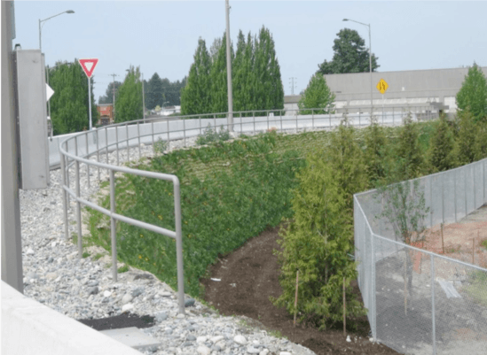 Highway bridge - slope retained with Flex MSE