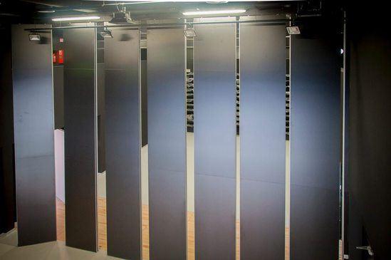 Prestige acoustic moveble wall - high spec panels