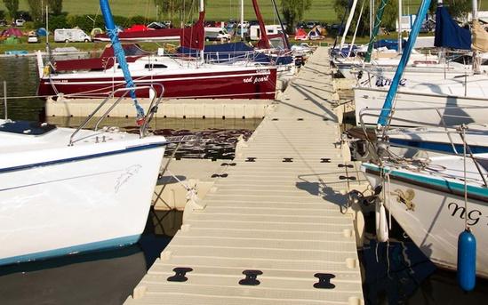 RotoDock floating pontoon