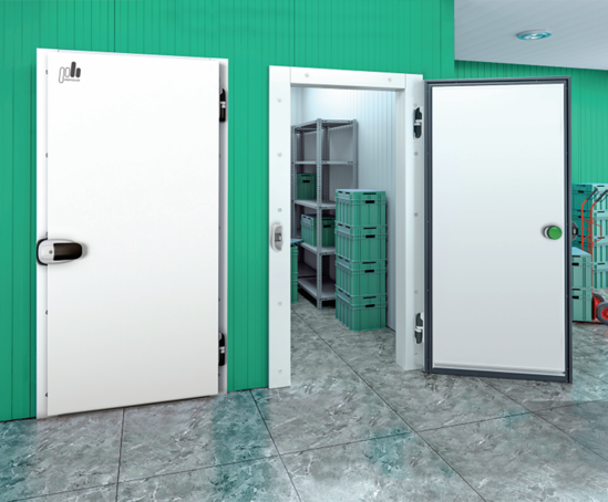 Hinged single leaf refrigerated doors