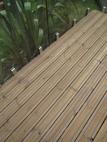 Q grip lunawood thermowood slip resistant decking for B and q timber decking