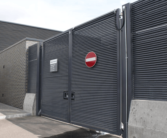 Italia 100 Steel Louvred Gate Lang Fulton Esi External