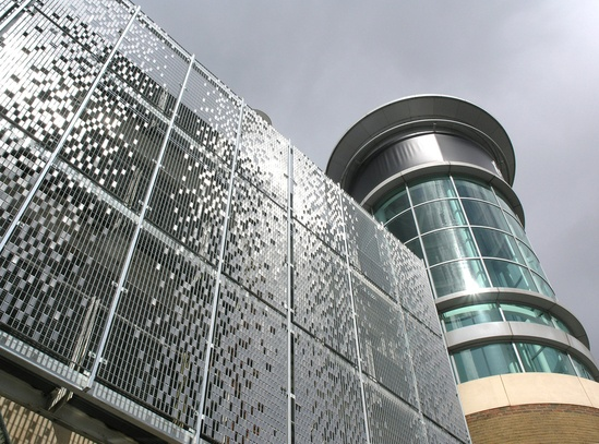 STEREO-KINETIC cladding: Festival Place shopping centre