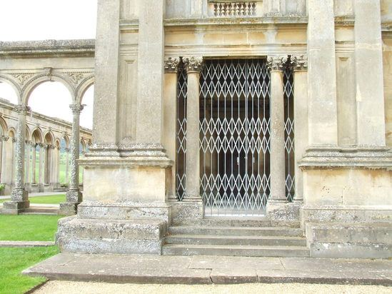 Collapsible steel gates for historic property