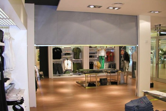 Fibreroll E60 rolling fire curtain - retail application