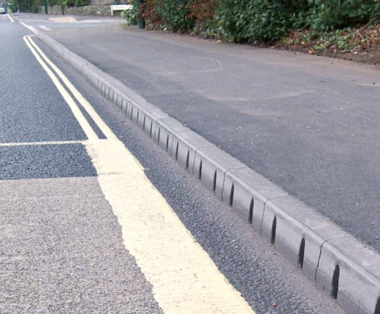 Mini Highway kerb drainage system