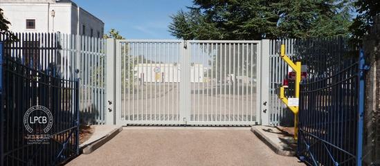LPS 1175 Platinum Bi-folding Gate Security Rating 2 & 3