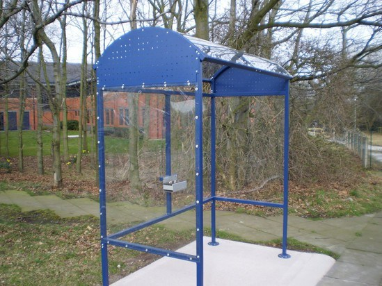 Smoking Shelters Product : Turnhill smoking shelter iae fencing esi external works