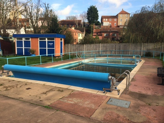 Rubber Swimming Pools : Insitu epdm wet pour rubber swimming pool surround ssp