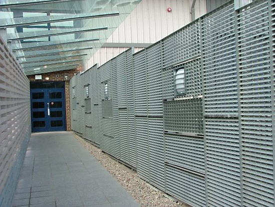 Screening/fencing, CSC Data Centre, Maidstone, Kent