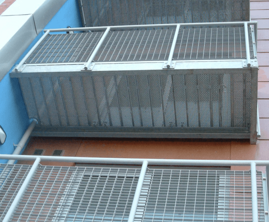 Type np steel balcony elefant gratings esi building design for Types of balcony