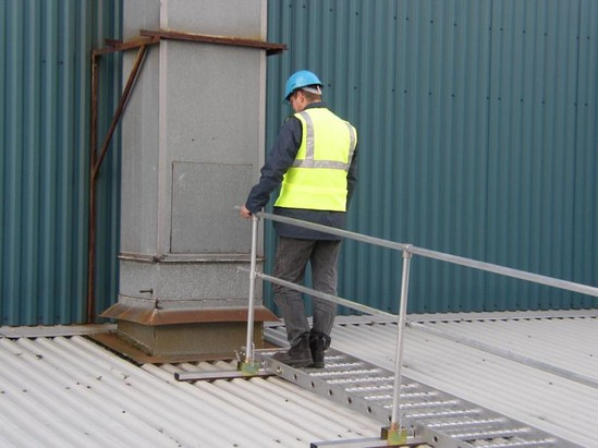 Board-Walk lightweight access walkway
