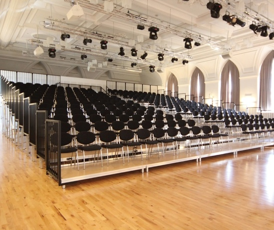 Alu Rapid used as demounable seating
