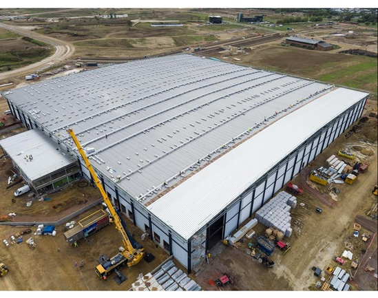 Installation of 140m long Euroseam roof sheets