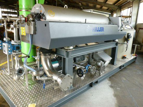 DecaSmart DP45N skid mounted decanter centrifuge