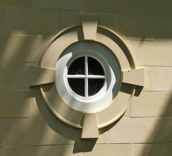Bull's-Eye Window Surround