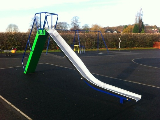 Traditional 1.8m freestanding trough slide
