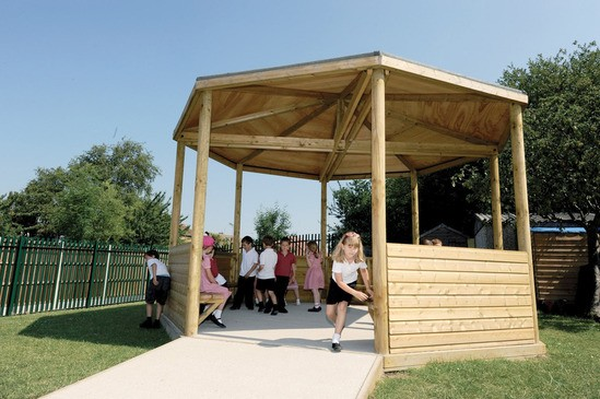 Timber gazebo for outdoor learning