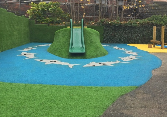 Shark-infested island wetpour and play mound
