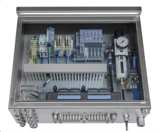 Hygienic control cabinet with valve islands