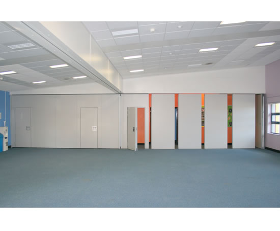 Acoustic operable wall systems beehive folding for Acoustic folding partitions