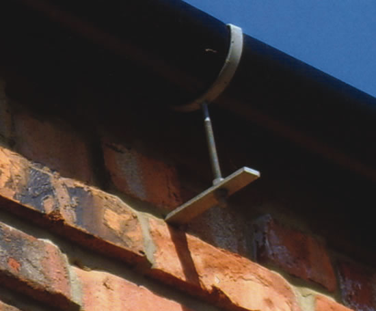 Easyfix Rise And Fall Gutter Brackets Bluebird Fixings