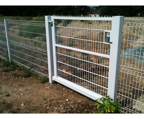 Fencing packages for BSF programmes, Kent