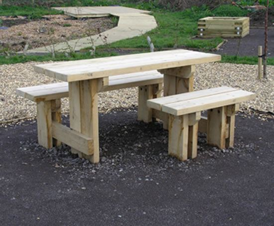 Natural FSC green oak picnic set with wheelchair access