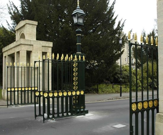Bespoke cast iron driveway gates topp co esi