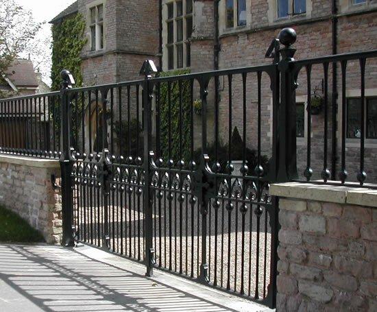 Bespoke Cast Iron Driveway Gates Topp Amp Co Esi