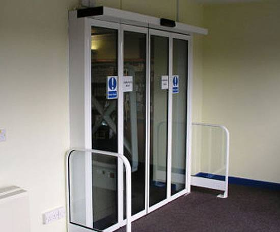 Slimdrive sf automatic folding door system geze uk esi